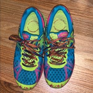 ASICS GEL NOOSA TRI 9 size 8 -teal pink and green